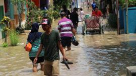 Warga Siaga Banjir Bojonegoro